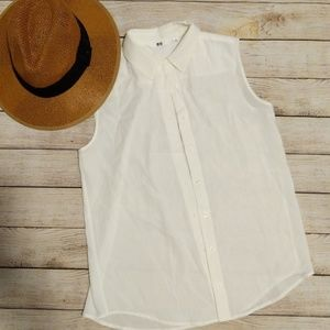 UniQlo Sleeveless Button Down